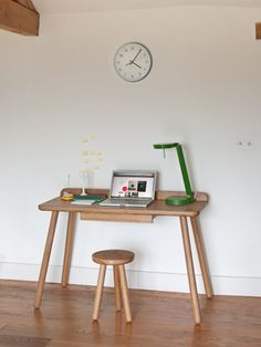 la_fabrika_another_country-Desk-w_-Green-Lamp