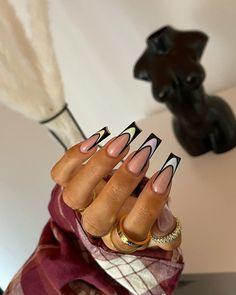 Nail Design Stiletto, Nail Design Glitter, Nude Nails, Black Nails, Coffin Nails, Pastel Nails, Stiletto Nails, Summer Acrylic Nails, Best Acrylic Nails