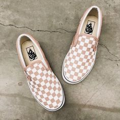 2b957c0c30b Super cute white and pink checkered slip on vans. Great for summer casual  outfits