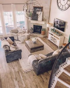 New Living Room, Living Room Interior, Cool Living Room Ideas, Country Style Living Room, Living Room Setup, Living Room Goals, 2 Living Rooms In One Space, Small Living Room Kitchen Ideas, Armchair Living Room