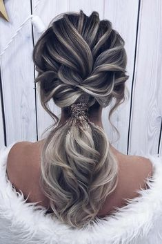 24 Pony Tail Hairstyles Wedding Party Perfect Ideas ❤️ pony tail hairstyles textured on ombre grey hair milagolubeva party hairstyles 30 Modern Pony Tail Hairstyles Ideas For Wedding Pony Hairstyles, Bride Hairstyles, Gorgeous Hairstyles, Hairstyles Videos, Hairdos, Updos, Bridesmaid Hair, Hair Designs, Hair Trends