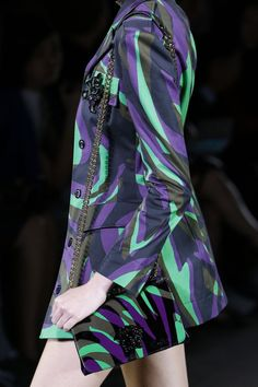 d638bfde5114 Versace Spring Summer 2016 Ready-To-Wear