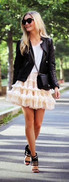 Ttulle skirt, leather jacket