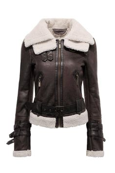 The shearing biker jacket is made from 100% polyester, and the character of leather -look and contrast panel makes it cool and charming.