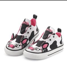 Cow Allstars! How freakin' cute! My daughter needs these!