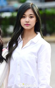 ♡ [ Official Thread of Chou Tzuyu ] NEW OP incoming! ⇀ Poll updated ⇀ The Most Beautiful Face of 2019 ヽ(♡‿♡)ノ Kpop Girl Groups, Korean Girl Groups, Kpop Girls, Korean Beauty, Asian Beauty, Beautiful Asian Women, Most Beautiful, Twice Tzuyu, Celebs