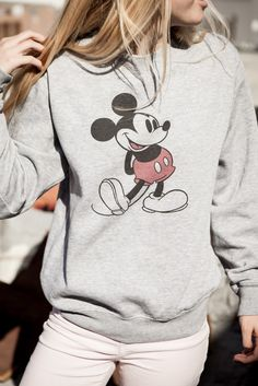 the Mickey sweater Disneyland Outfits, Disney Outfits, Disney Clothes, Disneyland Ideas, Winter Outfits, Casual Outfits, Cute Outfits, Mickey Mouse Outfit, Mickey Mouse Sweatshirt