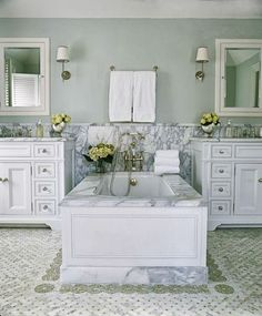 phoebe+howard+statuary+marble+bathroom.jpg 500×604 pixels
