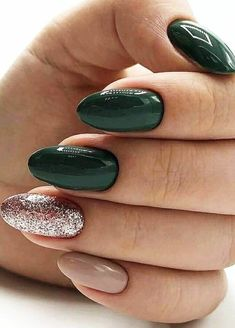 46 Best Nail Art Ideas For Your Hands page 36 acrylic nails designs; acrylic nails almond Nails 46 Best Nail Art Ideas For Your Hands page 36 Classy Nails, Stylish Nails, Acrylic Nail Designs, Nail Art Designs, Green Nail Designs, Almond Nails Designs, Nail Design Glitter, Glitter Nails, Gold Nail