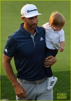 Dustin Johnson Celebrates US Open Win with son Tatum.