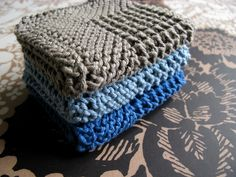 Diagonal Knit Washcloth...nice and chunky for the guys!