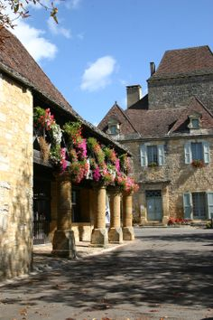Country Charm ~ France, Domme (24. Dordogne)