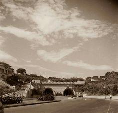 1940 - Saída do Túnel Nove de Julho, sentido Jardins.