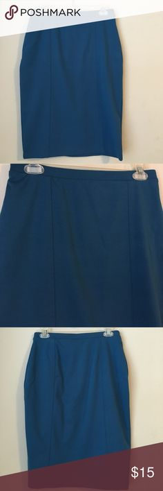 """Fitted Midi Pencil Straight Skirt A gorgeous deep blue fitted pencil skirt. Some stretch for comfortable while still thick enough to keep its shape. In new condition! Length 23"""" Mossimo Supply Co Skirts Pencil"""