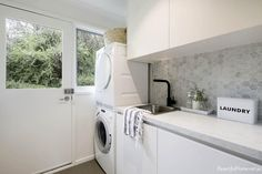 Modern classic by beautiful home laundry room design in 2019 White Laundry Rooms, Laundry In Bathroom, Classic Home Decor, Classic House, Modern Classic, Interior Design Living Room, Living Room Designs, Laundry Room Inspiration, Diy Bathroom Decor