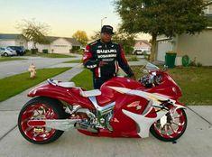 That is sooooooo nice! Custom Street Bikes, Custom Sport Bikes, Futuristic Motorcycle, Suzuki Motorcycle, Cool Motorcycles, Touring Motorcycles, Motorcycle Touring, Bicycle Painting, Drag Bike