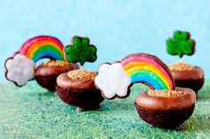 End of the Rainbow Cupcakes (from Bakingdom)
