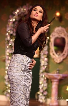 Kareena Kapoor gets her hair right for the shoot on 'Comedy Nights With Kapil' #Style #Bollywood #Fashion #Beauty