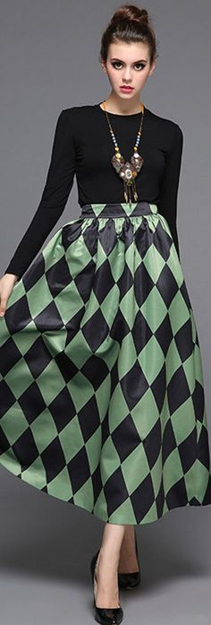 Green Rhombus Print Midi Skirt