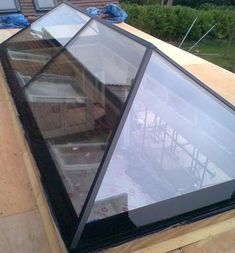 Flat Rooflights are ideal whether you have an existing flat roof or as part of an extension or renovation projects. Pergola Attached To House, Pergola With Roof, Patio Roof, House Extension Design, Roof Extension, House Design, Skylight Design, Roof Skylight, Skylights