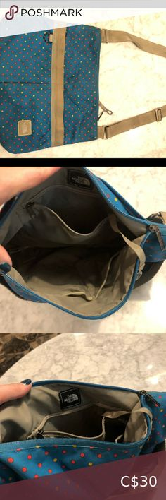 The North Face Messenger Bag Blue/Beige +Polka dot Really cool, messenger bag goes with everything. Lots of pockets. The North Face Bags Crossbody Bags North Face Roo, The North Face, Black Leather Boots, Leather Heels, Black Ballerina, Fresh Girls, Black Purses, Blue Bags, Crossbody Bags