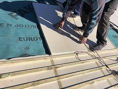 Tejados de Pizarra San José renueva el método de aislamiento de tejados en la Comunidad de Madrid   Economía de Hoy Slate Roof, Home Interiors, Insulation