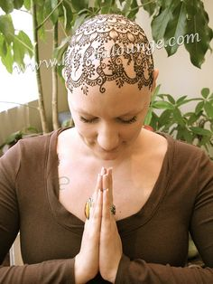 Chemotherapy bald head Henna by http://www.hennalounge.com https://www.facebook.com/pages/Henna-Lounge/158348014209384