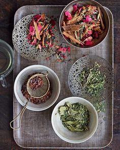 I love making my own home grown tea blends! Make Your Own Tea Blends Tea Recipes, Healthy Recipes, Healthy Herbs, Party Recipes, Homemade Tea, Cuppa Tea, Tea Blends, Dessert For Dinner, Loose Leaf Tea