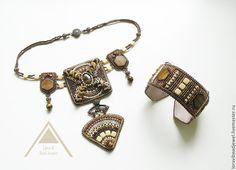 """Купить Комплект """"Нибиру"""" колье браслет - коричневый, комплект украшений, комплект из бисера, колье с камнями"""