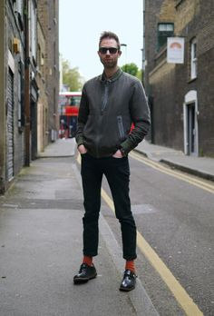 Fashion Illustrator Andy Bumpus's street style in Islington, London #ManAboutTown #StreetStyle http://www.nicelyturnedout.com/index.php/2012/06/street-style-andy-bumpus/