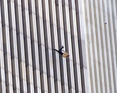The falling man of September 2001 World Trade Center Attack, World Trade Center Nyc, 911 Never Forget, Lest We Forget, World Photography Day, Man Photography, Nine Eleven, 911 Memorial, The Falling Man