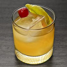 Whiskey Sour .75 oz Fresh lemon juice .75 oz Simple syrup (one part water, one part sugar) 1.5 oz Bourbon 1 Cherry and/or lemon wedge (optional) Add all the ingredients to a shaker and fill with ice. Shake, and strain into a rocks glass filled with fresh ice. Garnish with a cherry and/or lemon wedge if desired.