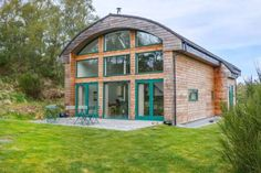The Bell ref. 5324 featured in The Scotmans's article on stunning Scottish cottages for autumn