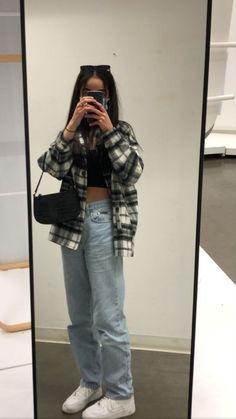 Fashion Mode, Tomboy Fashion, Look Fashion, Streetwear Fashion, Workwear Fashion, Indie Outfits, Teen Fashion Outfits, Retro Outfits, Girl Outfits