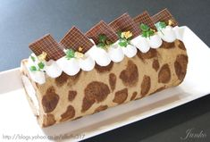 Leopard Print Coffee Cake Roll (Recipe in Japanese)