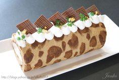 Leopard Print Coffee Cake Roll (Recipe in Japanese)