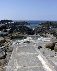 https://flic.kr/p/dbCVPh | Hirauchi Kaichu rotenburo onsen, Yakushima Island, Japan | Hirauchi Kaichu rotenburo (outside) onsen, Yakushima Island, national park, Japan. This a tidal hot spring that is by the sea. There are no changing rooms and swimwear is optional but preferred by most women. Our Japanese lady guide did not let us know this but as we were a brave group, we went as nature intended including the ladies! This photo is before we got in of course!  It costs 100 Yen to use paid…