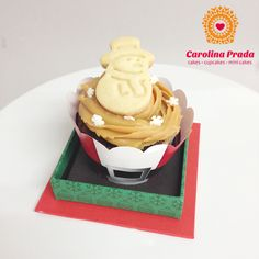 Cupcake de chocolate com doce de leite  { Encomendas: carolina@carolinaprada.com.br - até 23/12/13 }