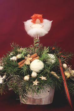 Flowers of Soul: Decorațiuni handmade pentru Crăciun Christmas Wreaths, Holiday Decor, Home Decor, Corona, Decoration Home, Room Decor, Home Interior Design, Home Decoration, Interior Design