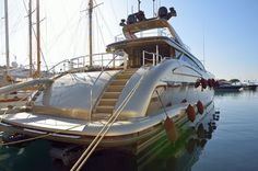 Book a Luxury Motor Yacht Charter for your next Mediterranean holiday we've got . by Crewed Yacht Charters Superyacht Charter, Big Yachts, Super Yachts, Luxury Yachts, Location Bateau, Voyage En Camping-car, Yacht World, Boats, Training