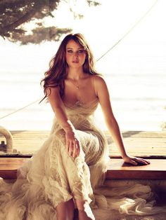 Jennifer Lawrence >> Is it weird that I wanna be just like her when I grow up, and she is way younger than me?