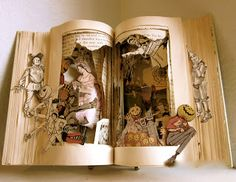 Wizard of Oz book sculpture.  Hmmm?  Wonder how they did this?