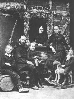 Hermann Hesse (far left) and his family.