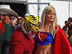 Supergirl, Uomo Tigre e Lucky Luke #cosplay da Mantova #comics