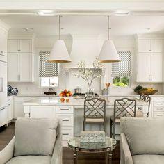 The kitchen that is top-notch white kitchen , modern kitchen , kitchen design ideas! Classic Kitchen, Big Kitchen, Home Decor Kitchen, Kitchen Ideas, Kitchen Designs, Kitchen Interior, Awesome Kitchen, Kitchen Hacks, Kitchen With Bar Counter