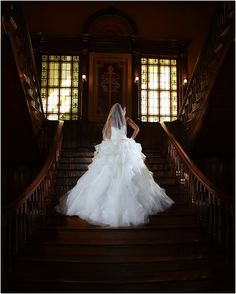 Indoor Bridal Portrait Location - Thistle Hill Mansion in Fort Worth. Gorgeous Grand Staircase.