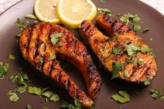 Somon cu sos de soia la grătar Yami Yami, Tandoori Chicken, Seafood, Curry, Food And Drink, Fish, Cooking, Breakfast, Ethnic Recipes