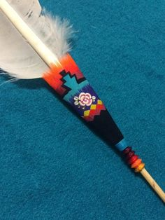 Native American Medicine Wheel, Native American Church, Native American Crafts, Native American Beading, Feather Painting, Feather Art, Powwow Regalia, Eagle Feathers, Diy Wedding Gifts