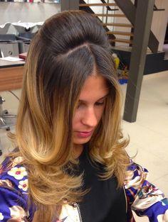 Como fazer o penteado meio rabo com volume