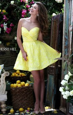 2016 Floral Printed Yellow Strapless Sherri Hill 50131 Short Bodice Homecoming Dresses Outlet Sweetheart Neckline